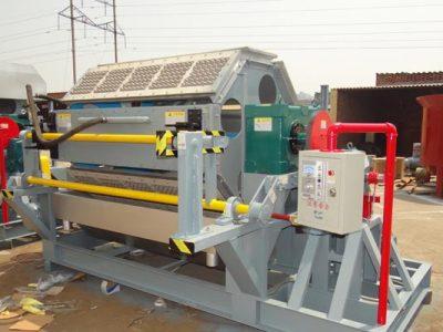 Propriedade mecânica e aplicação da máquina de fazer bandejas de ovos de papel