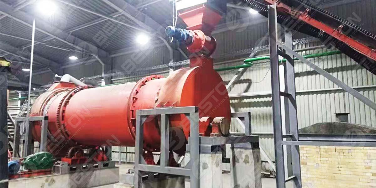 Máquina de carbón vegetal para aserrín BST-50 en Ucrania