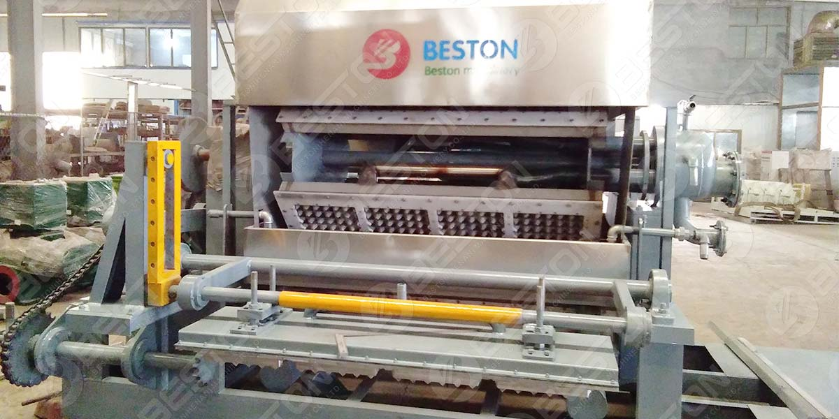 ماكينة صنع صينية البيض BTF4-4 إلى المجر